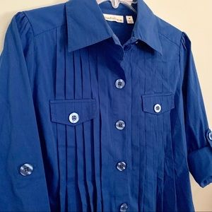🆓 Unusual Pleated Buttondown Shirt, Must See! M